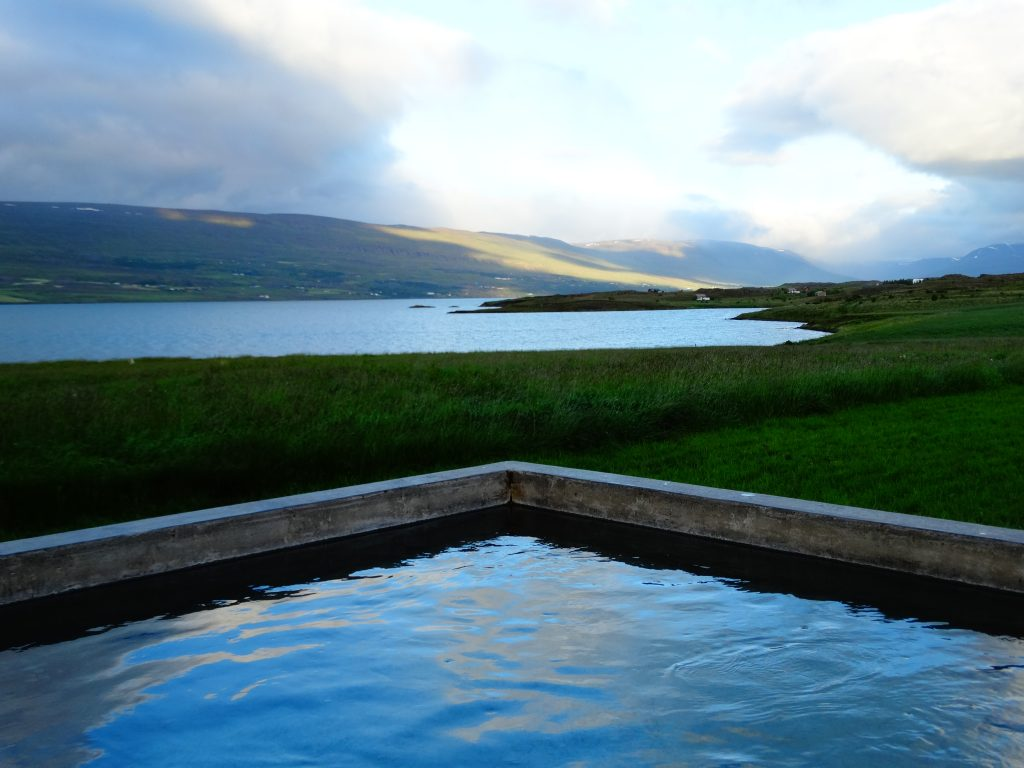 relax iceland hotwater spa